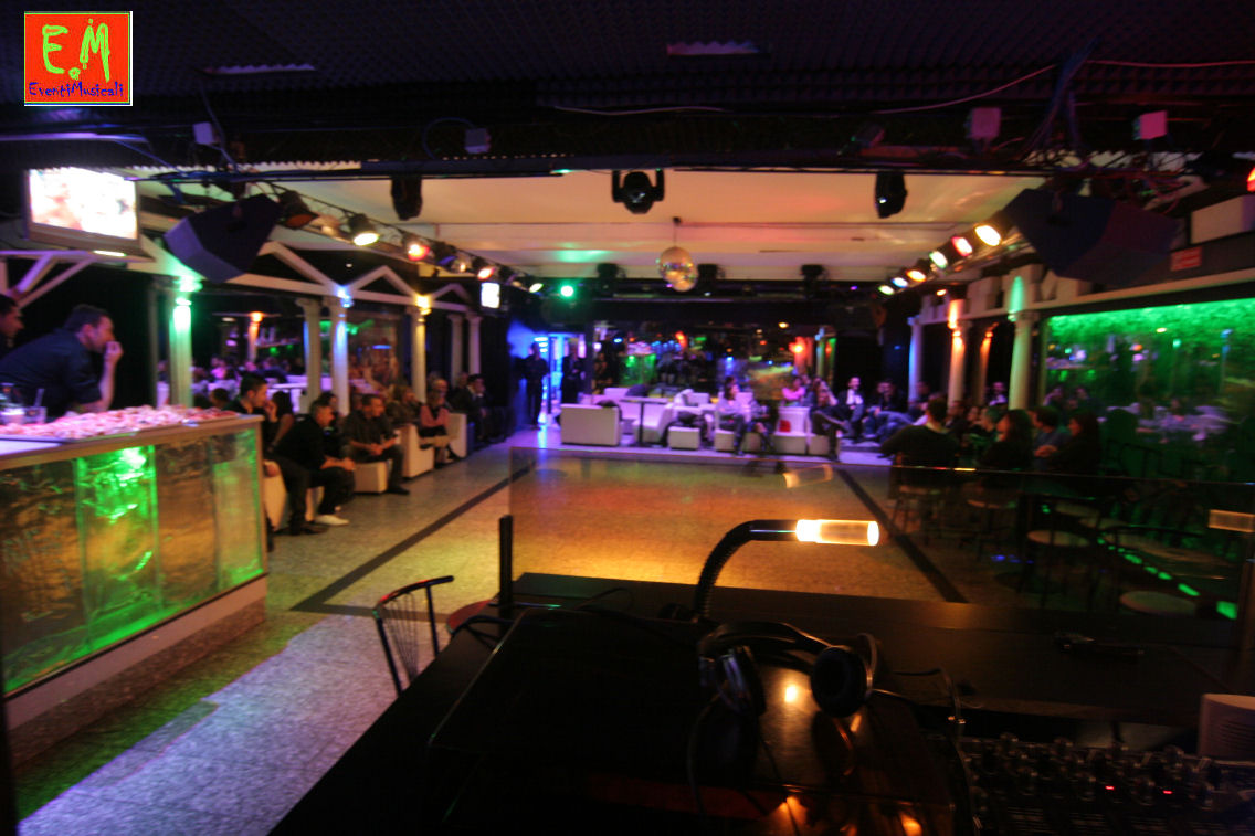 Piccole Sale Per Feste : Affittasi location discoteca piccola per feste private miragu