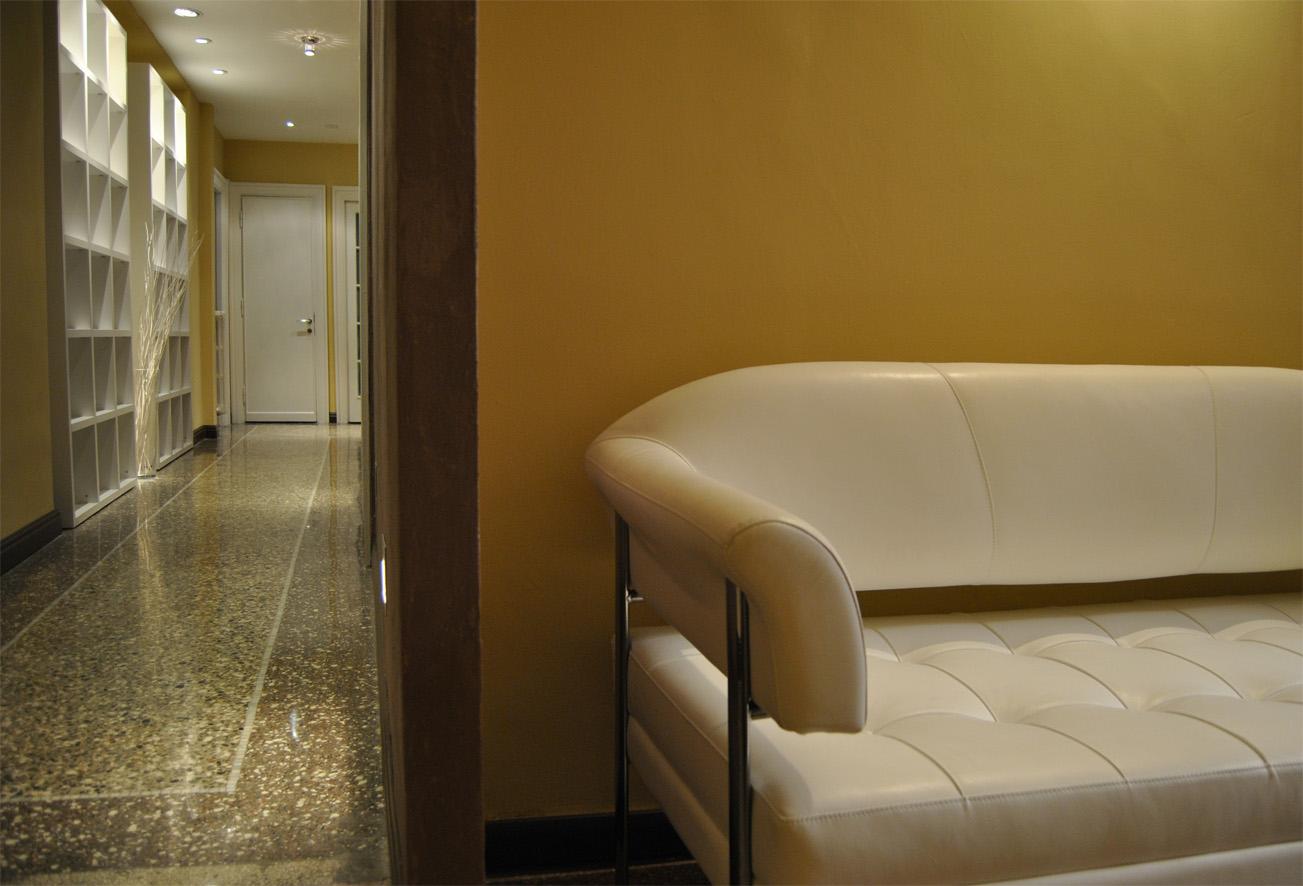 Affittasi location ufficio in prati miragu for Ufficio roma prati