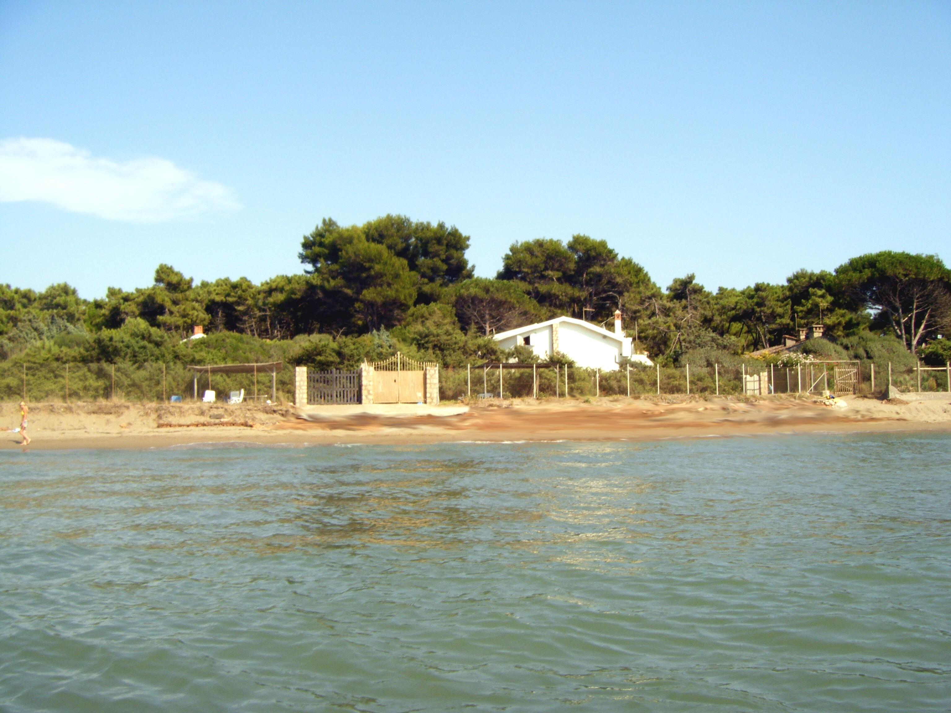 Affittasi location villa luisa maria una vacanza da for Costo della costruzione della casa sulla spiaggia