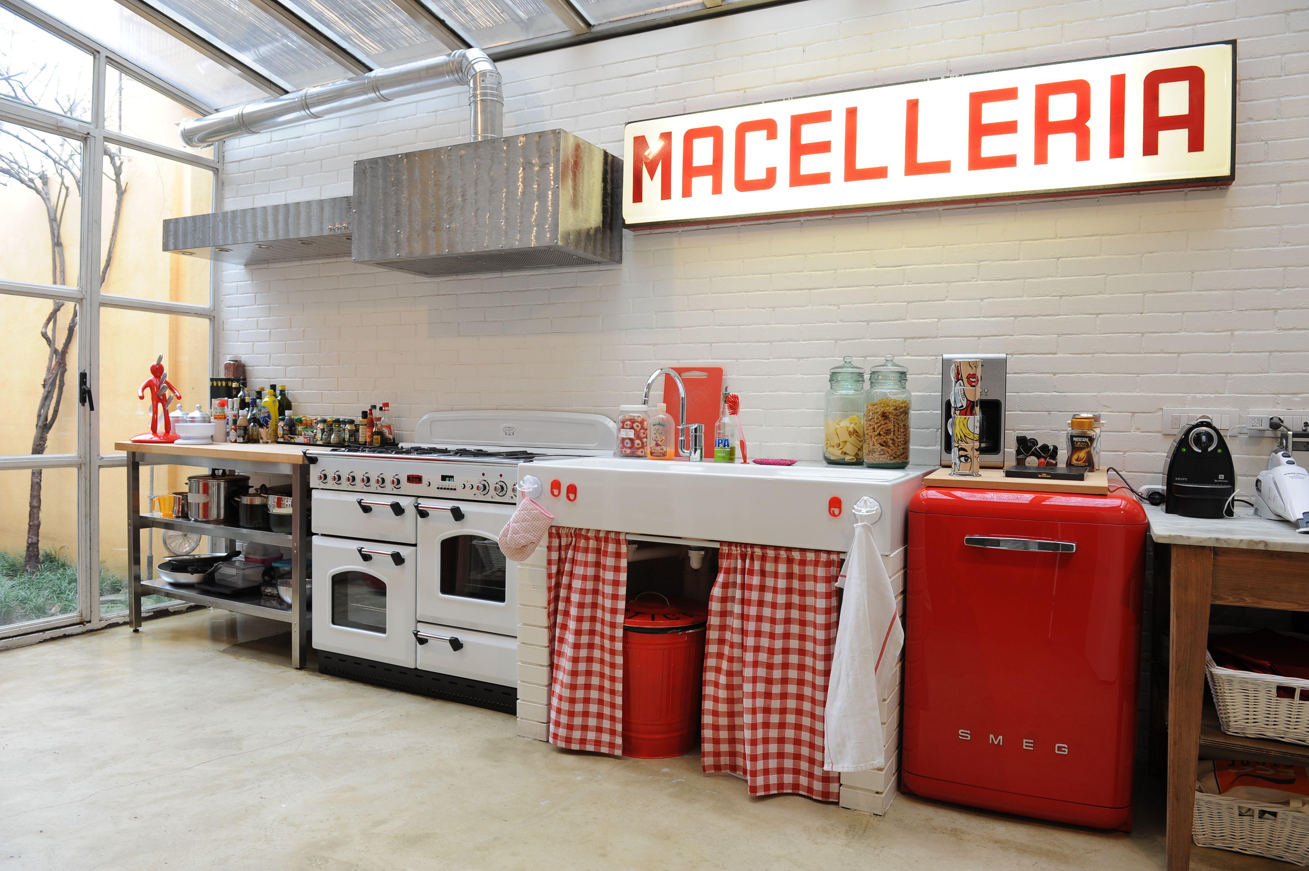 Affittasi location loft ferrera miragu - Cucine per loft ...