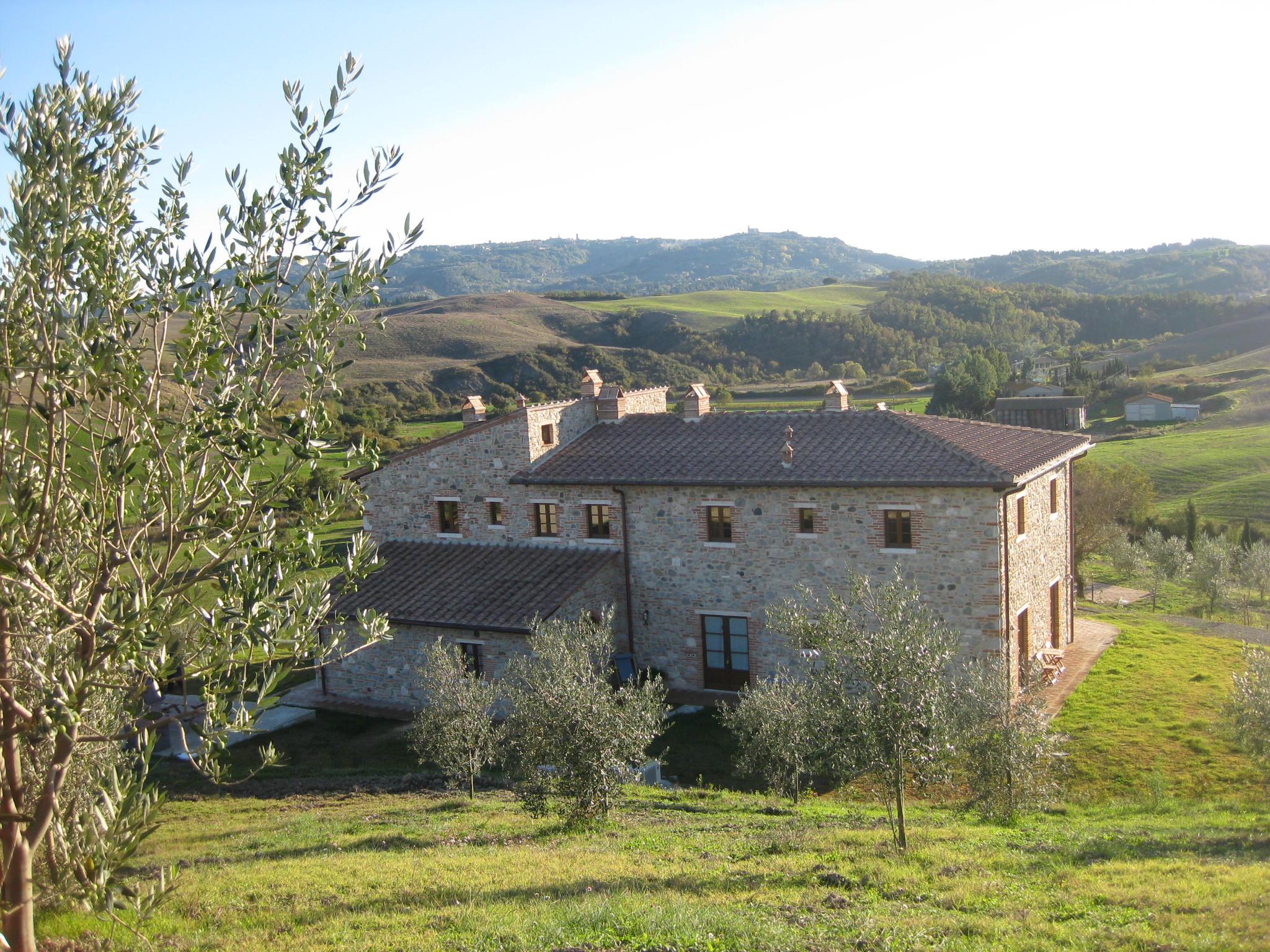 Affittasi location agriturismo podere campaini miragu for Semplici piani di una casa colonica