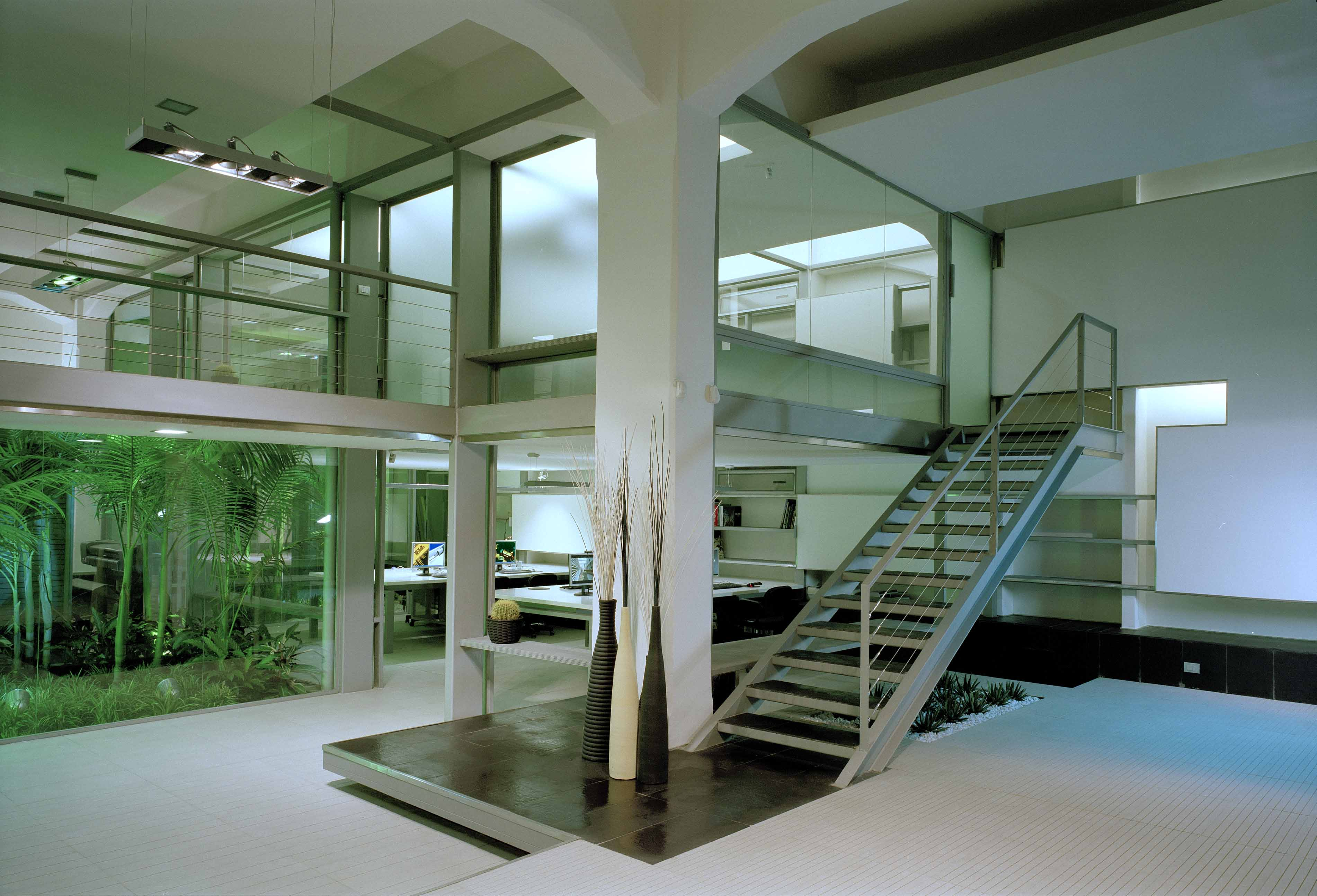Affittasi location loft sul fiume miragu for Loft affitto roma