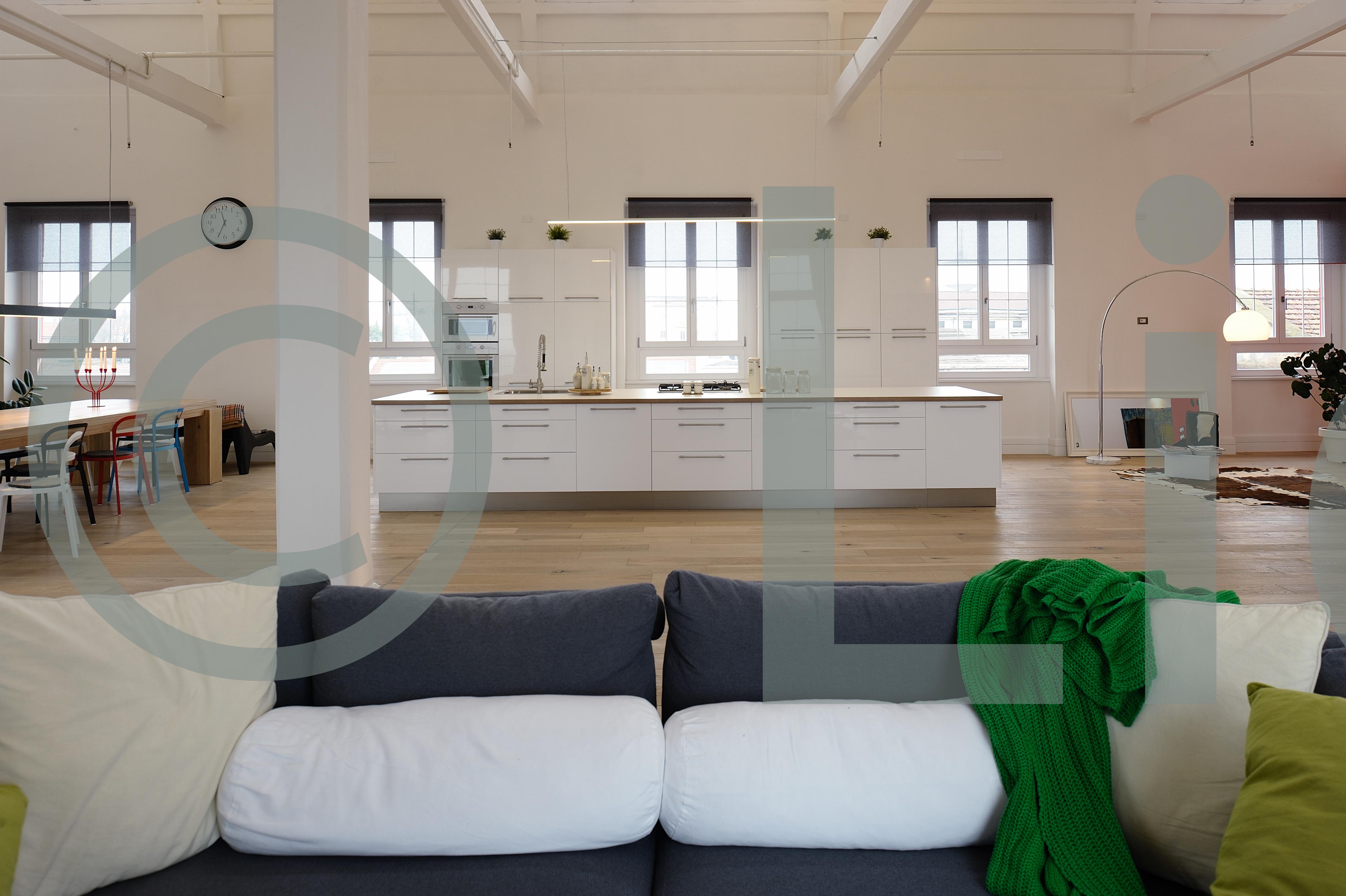 Affittasi location loftstudio miragu