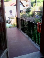 5 NEW ROOMS WITH LARGE POGGIOLO A € 95000